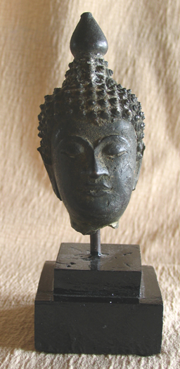 thai bronze buddha head