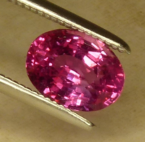 deep pink certed sapphire