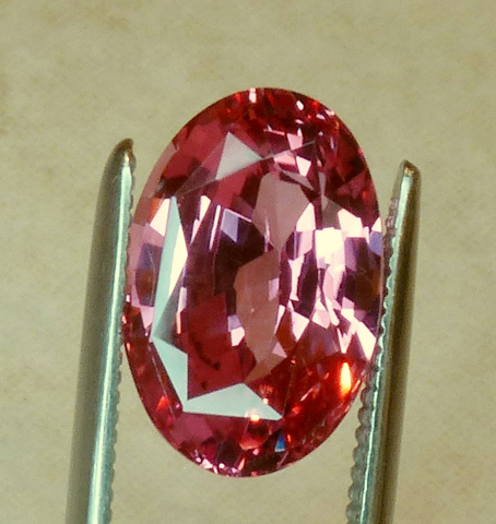 unheated orange-pink gia certed 2.86ct pad sapphire