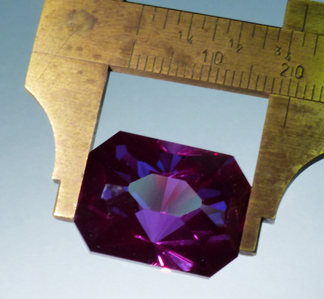 large fine U.S. faceted synthetic alexandrite